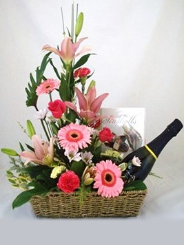 Magnolia flowers gifts treats flowers gifts for all occasions a celebration basket negle